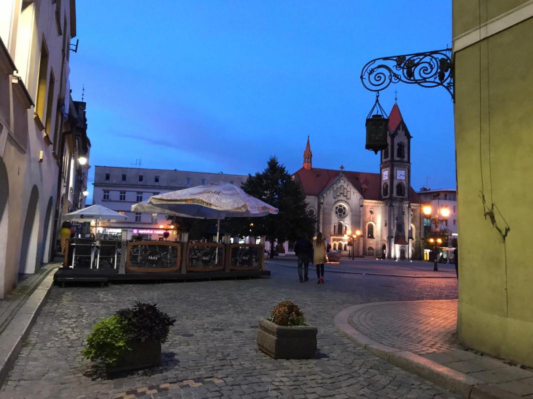Prestiżowy lokal w 500-letniej kamienicy w centrum Tarnowskich Gór na wynajem